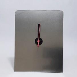 01 Relógio Prata 15 x 20 cm para Sublimação